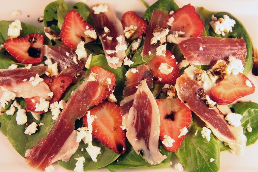 Spinach, Strawberry and Iberico Ham Salad